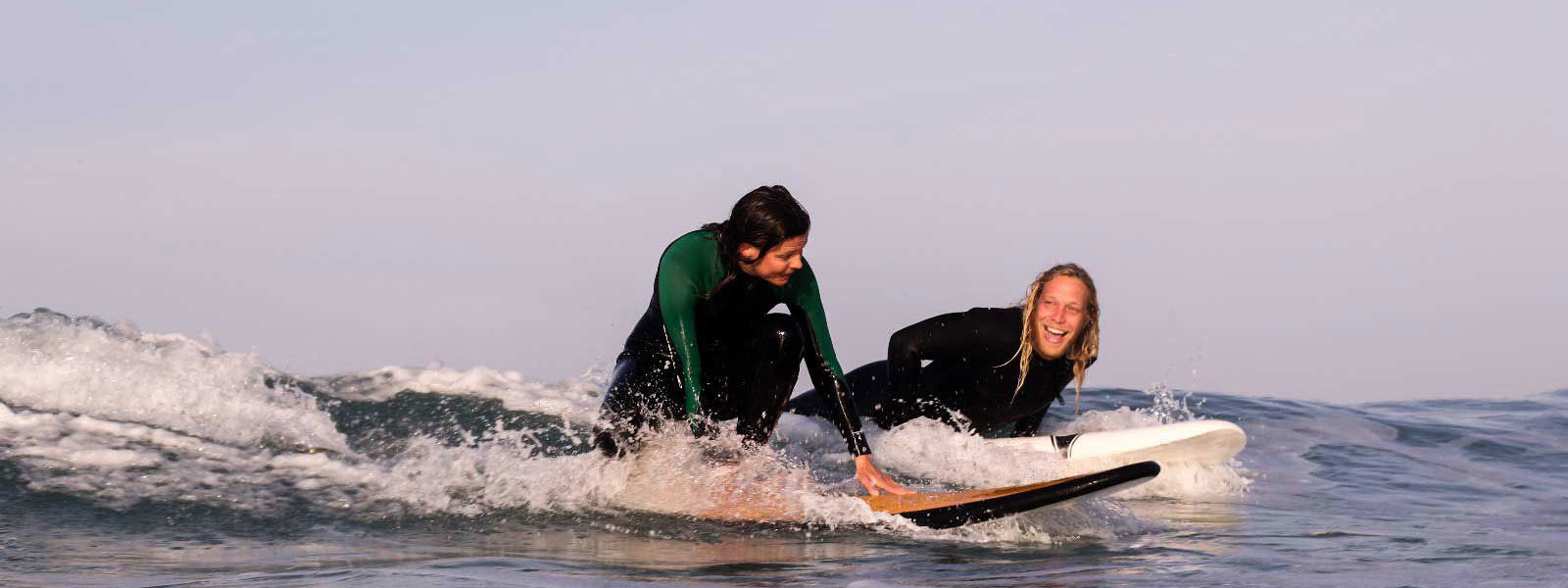 Surf lesson for beginners